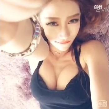 美女自拍 29-Lulu罗小鹿女神的秒拍